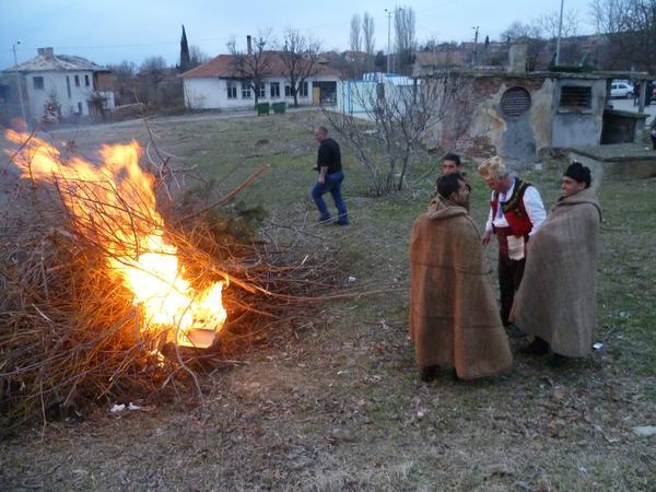 да-съхраним-българските-традиции